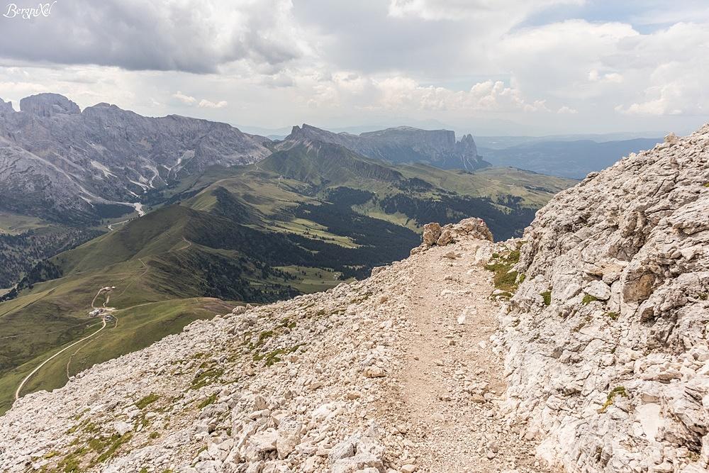 Klettersteig Plattkofel : Langkofelhütte oskar schuster klettersteig plattkofel dolomiten