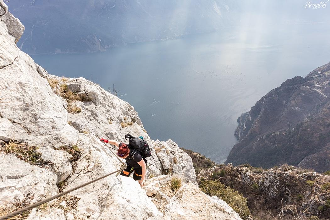 Klettersteig Cima Capi : Bergpixel gardaseeberge von molina auf den cima capi und