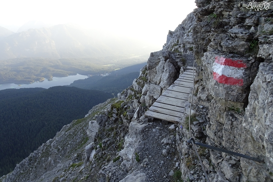Klettersteig Zugspitze Stopselzieher : Bergpixel wanderung von ehrwald über den stopselzieher auf die