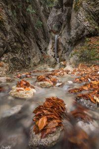 Wasserfall am Kochelsee-Bayern (1)